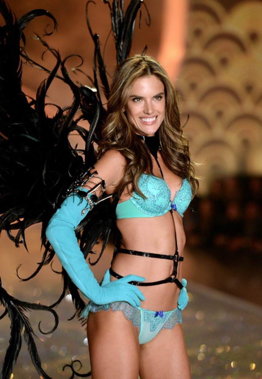 Victorias Secret Fashion Show 2013 2014 - Cris Vallias Blog 31