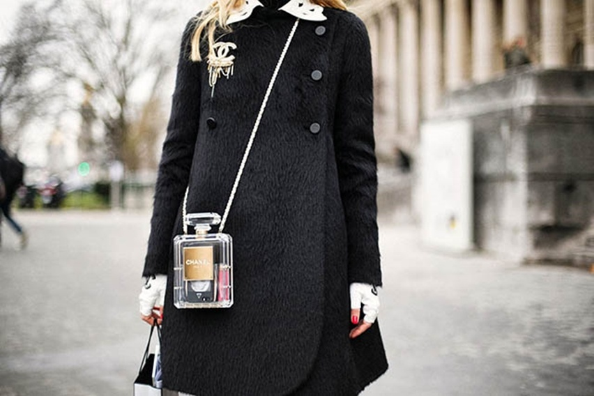 Chanel-No.-5-Perfume-bag--Bottle-Clutch - Cris Vallias Blog 11