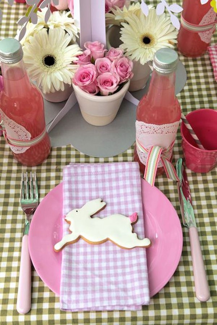 Easter Tablescapes - Cris Vallias Blog 12