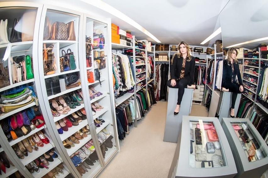 Closet pessoal da blogueira Cris Vallias