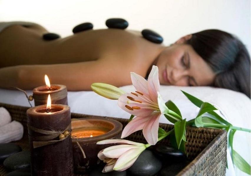 massagem com pedras quentes spa sempre mais