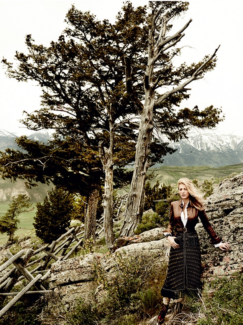 Blake Lively por Mario Testino na Vogue US Agosto 2014 - Cris Vallias blog 11