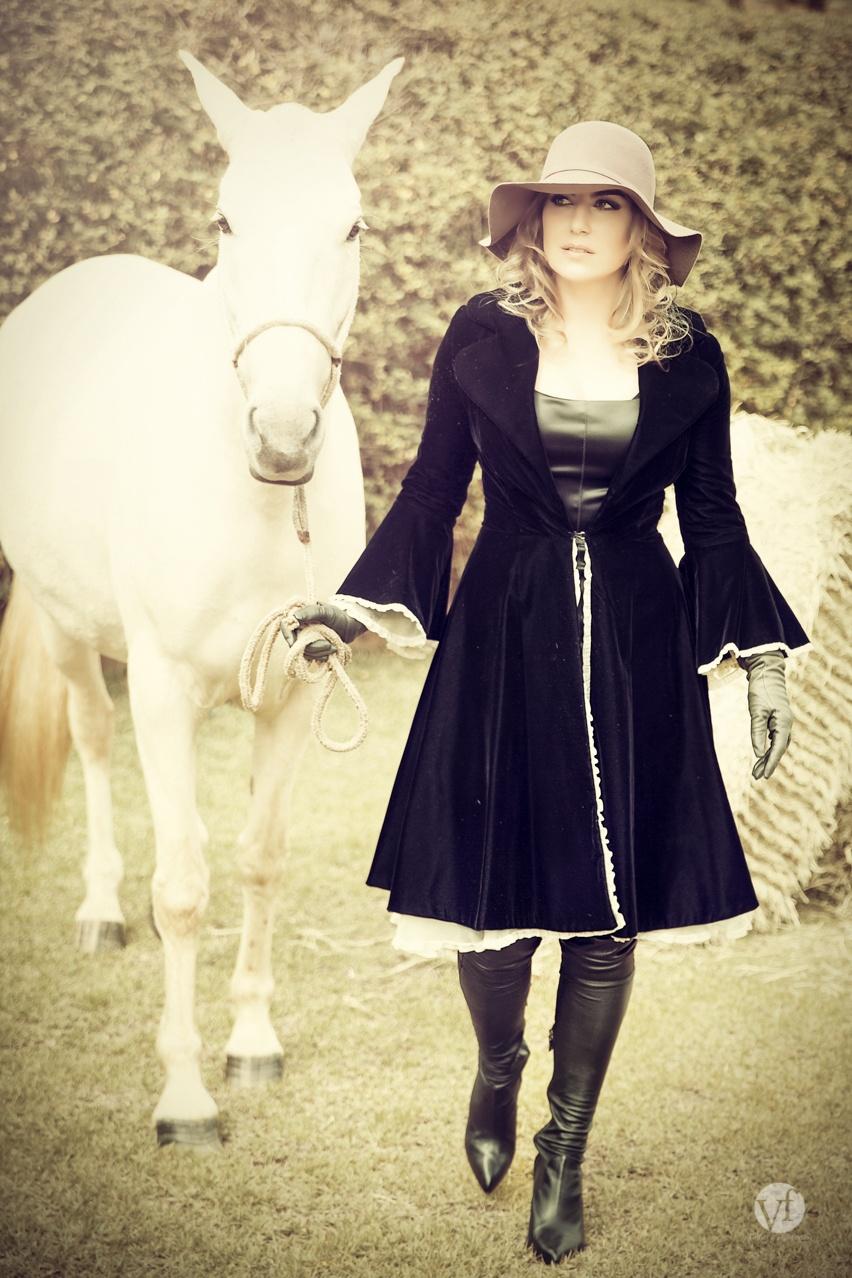 editorial moda e cavalos