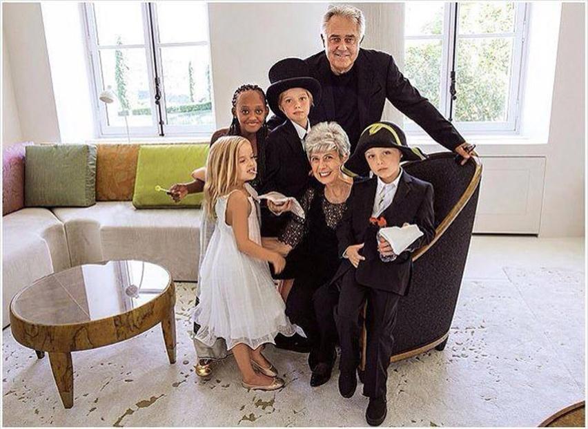 casamento_Angelina_Jolie_Brad_Pitt_wedding - cris vallias blog 11