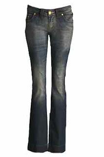 9 - calça jeans lavagem localizada