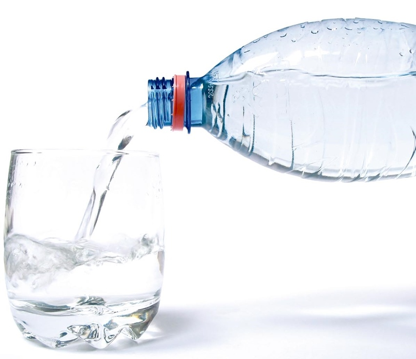 cris vallias blog - beba bastante água