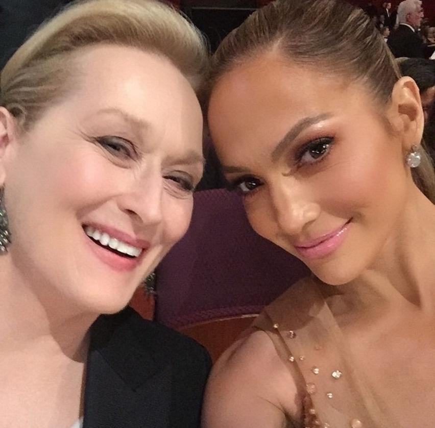 selfie entre Meryl Streep e Jenifer Lopez no Oscar 2015
