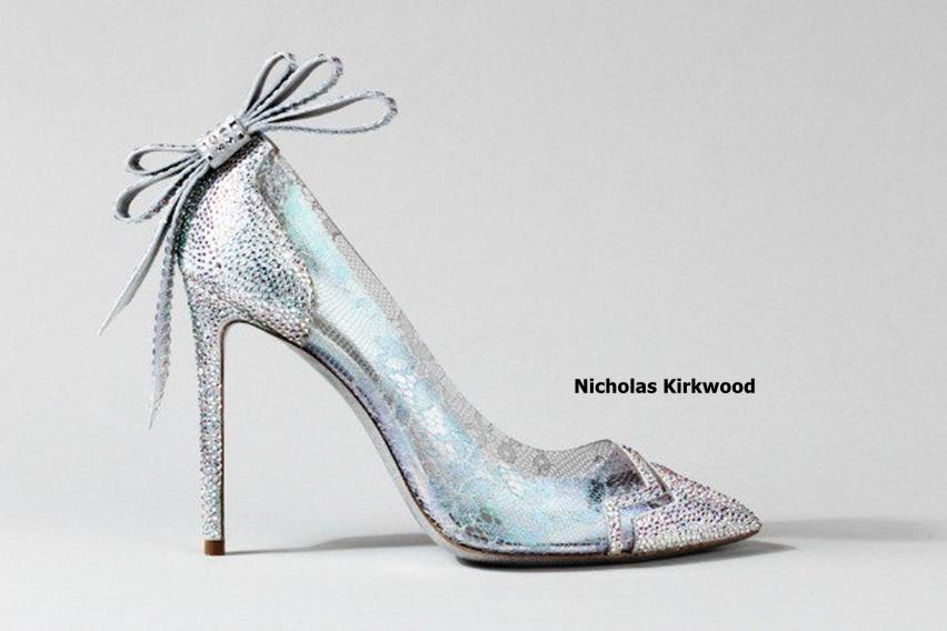 sapatinho de cristal - cinderela shoe - by Nicholas Kirkwood - cris vallias blog